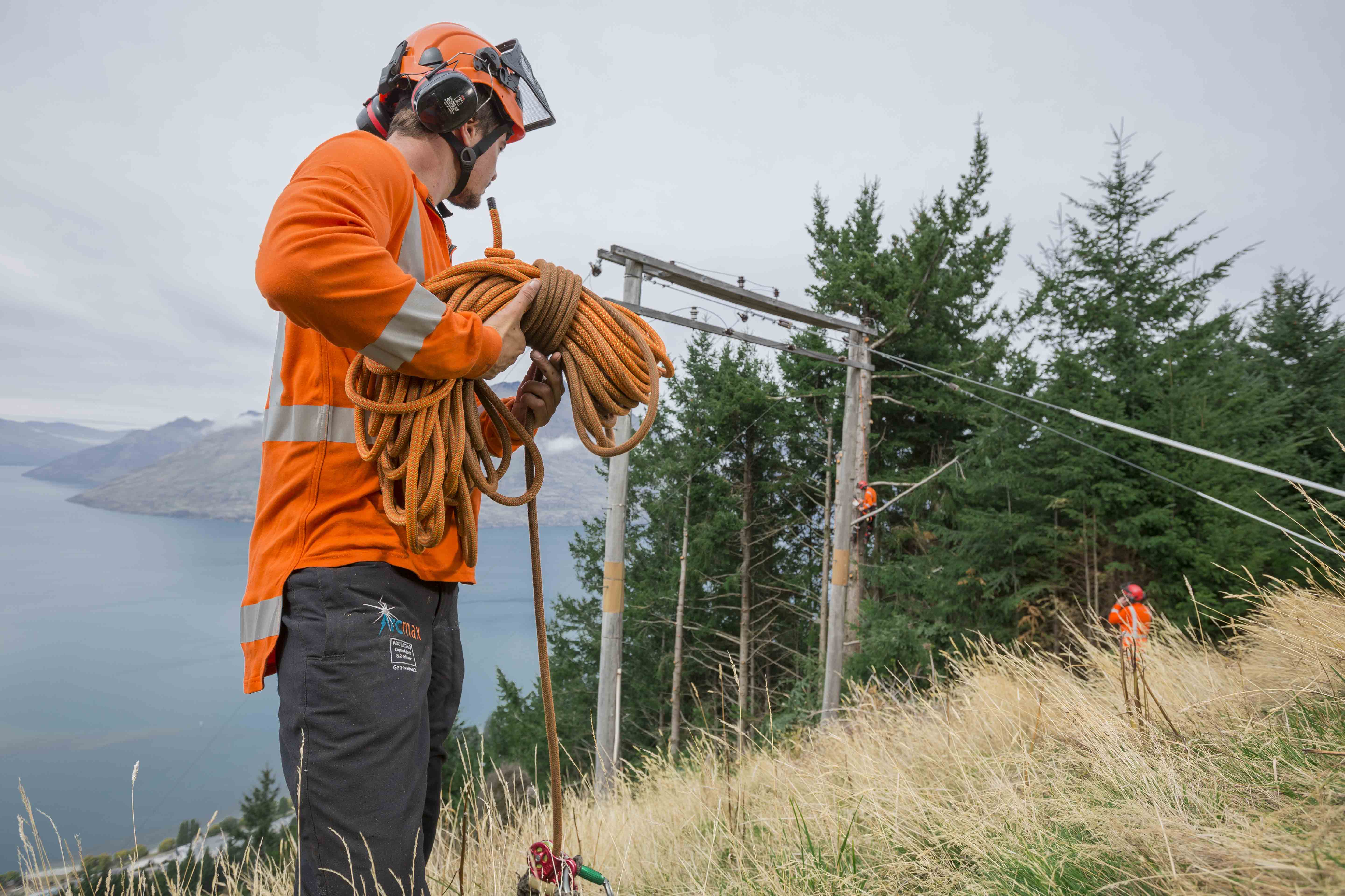 5 Unexpected Reasons You Must Wear Fully Fire-Resistant Chainsaw Gear