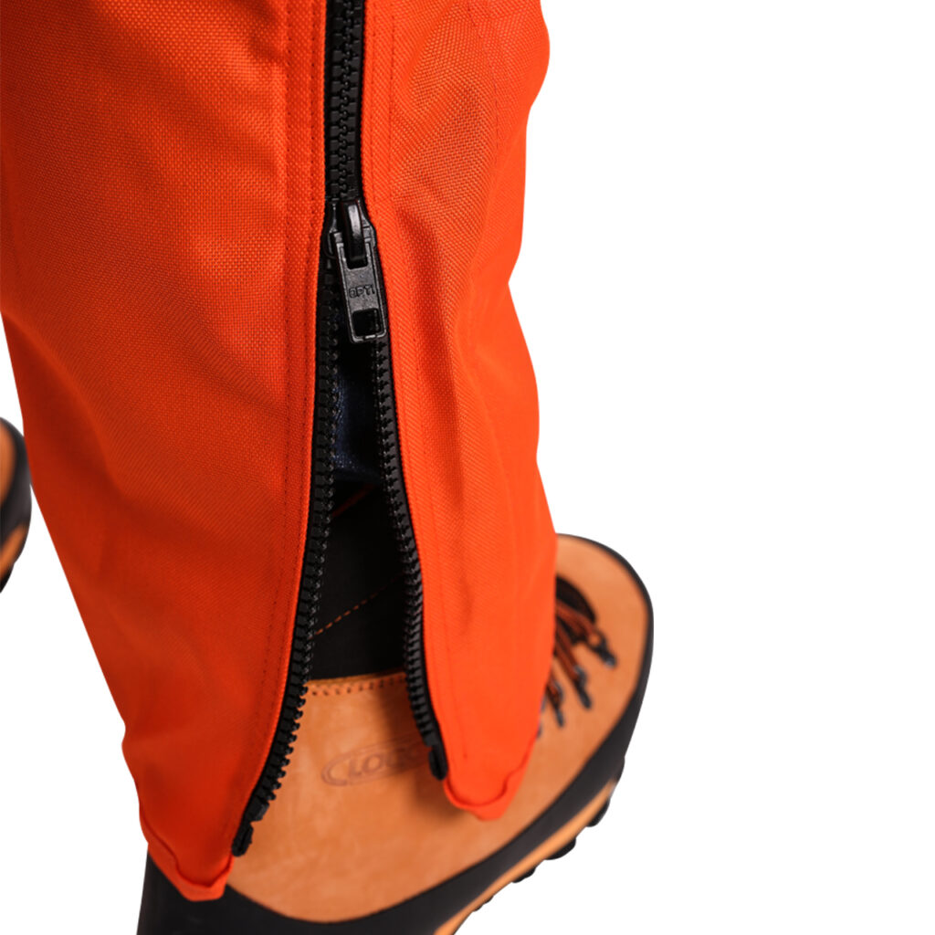 Clogger chainsaw pants zips